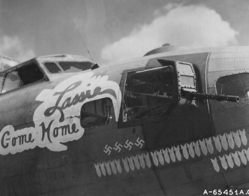 B-17 #42-39943 / Lassie Come Home