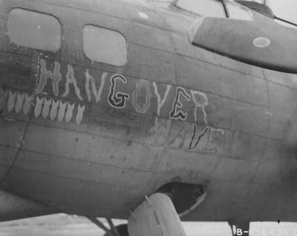 B-17 #42-97487 / Hangover Haven