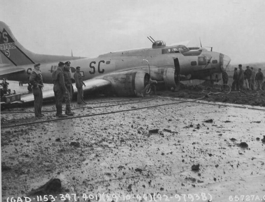 B-17 #42-97938 / Twan-n-g-g-g
