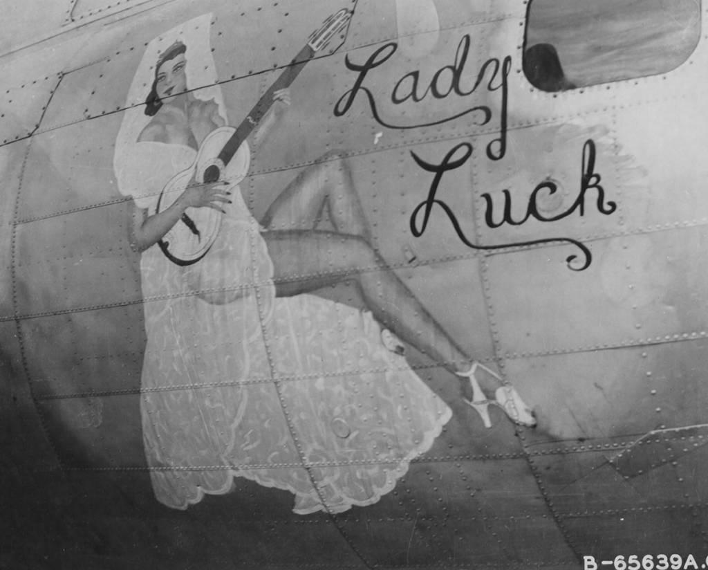 B-17 #43-37790 / Lady Luck
