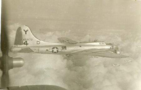 B-17 #44-6872