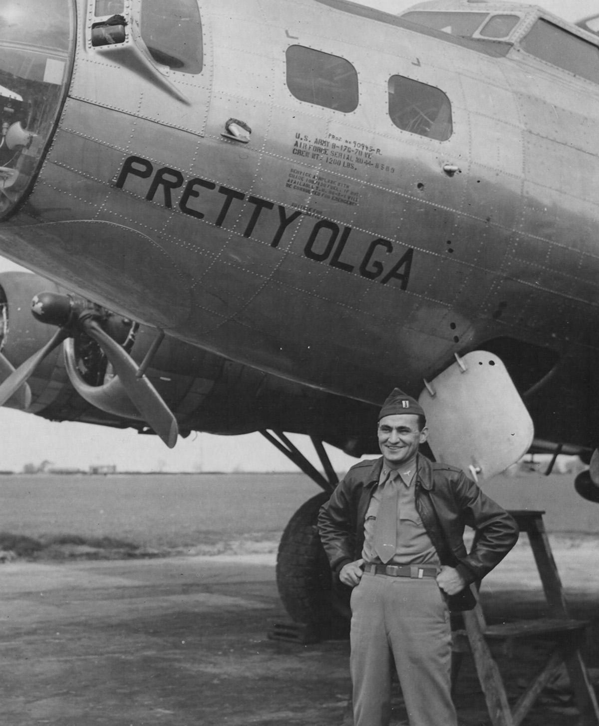 B-17 #44-8589 / Pretty Olga