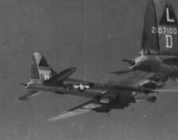 B-17 #42-102873 / The Joker II