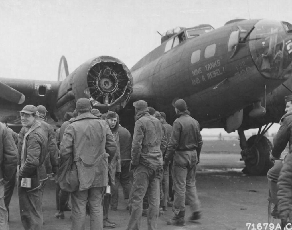 B-17 #42-30720 / Nine Yanks and a Rebel