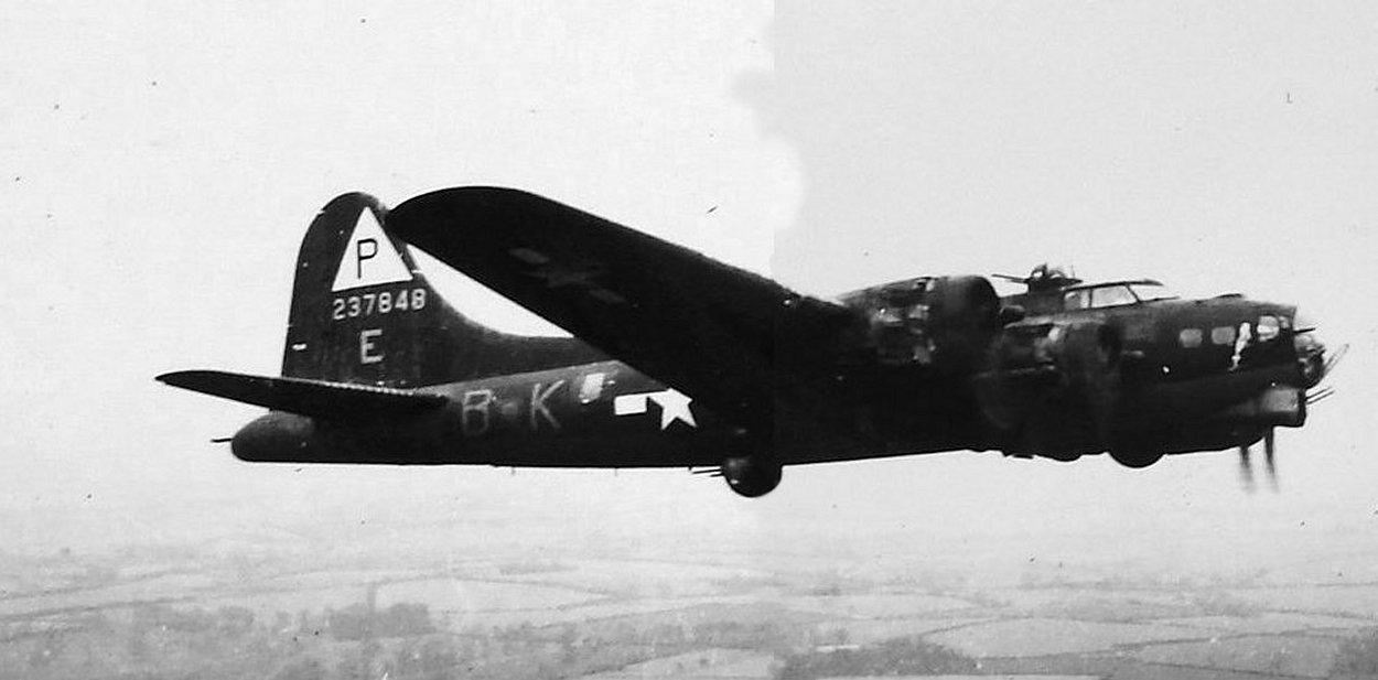 B-17 #42-37848 / Sissy