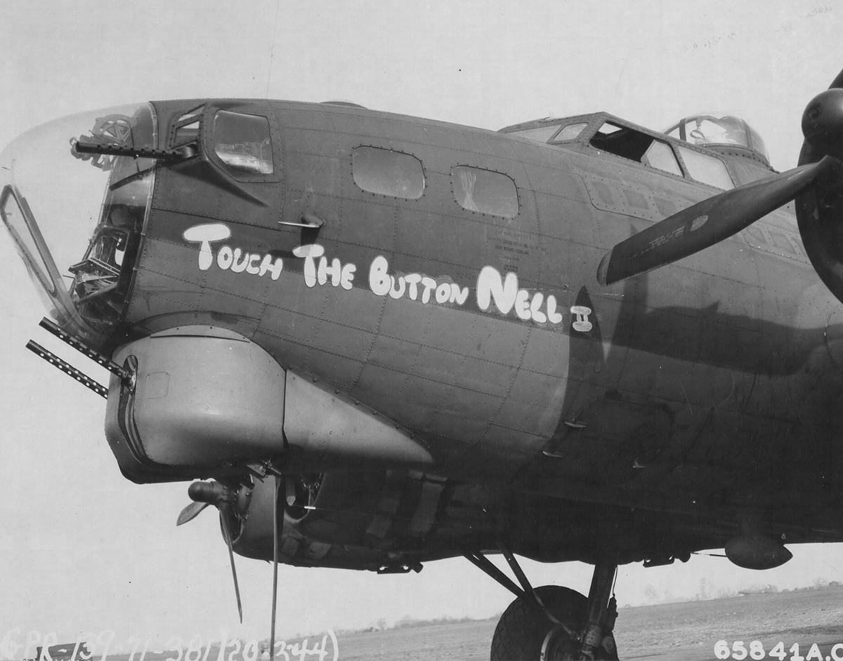 B-17 #42-38117 /Touch the Button Nell II