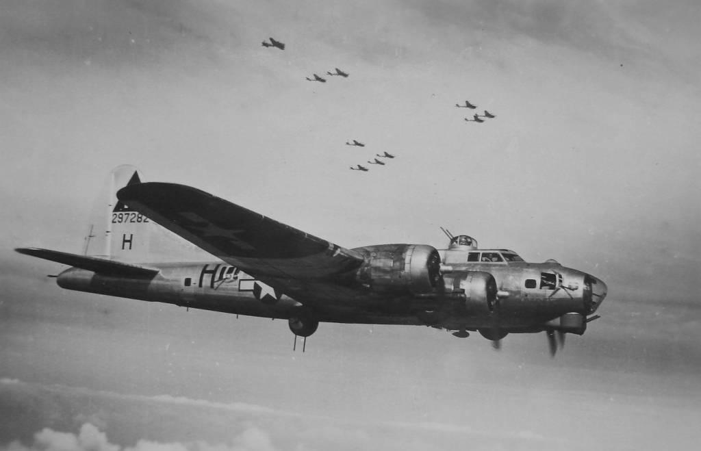 B-17 #42-97282 / Rebel