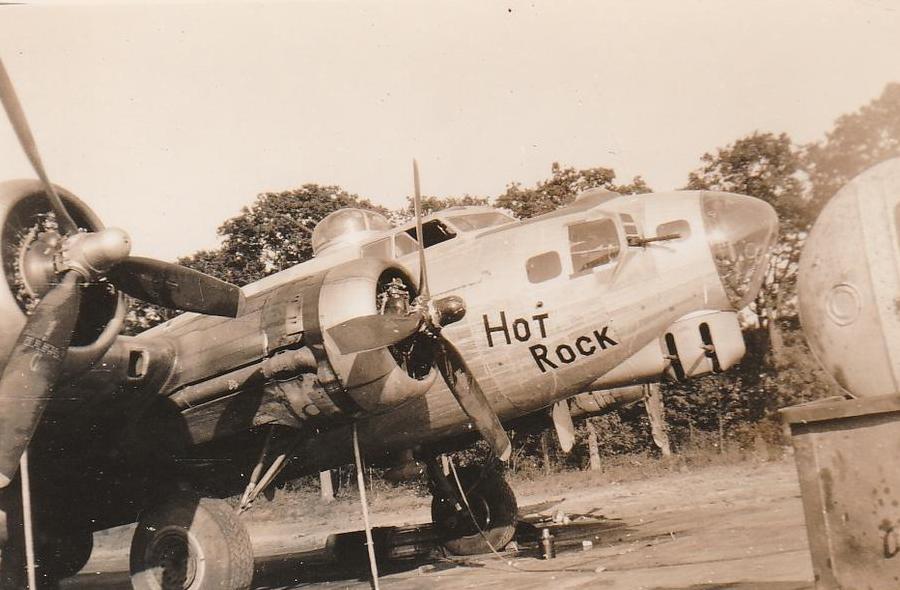 B-17 #42-97320 / Hot Rock
