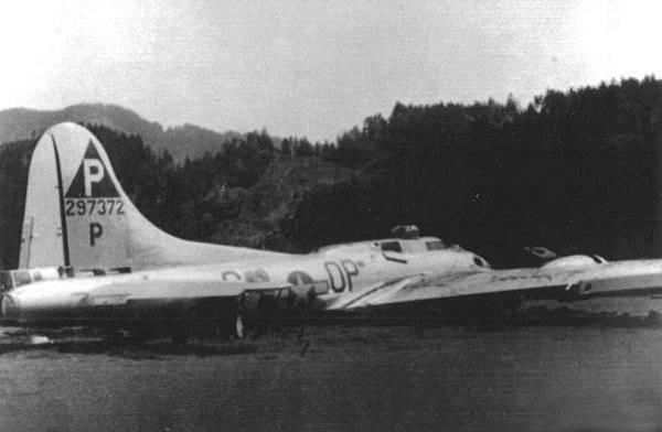 B-17 #42-97372 / Booby Trap