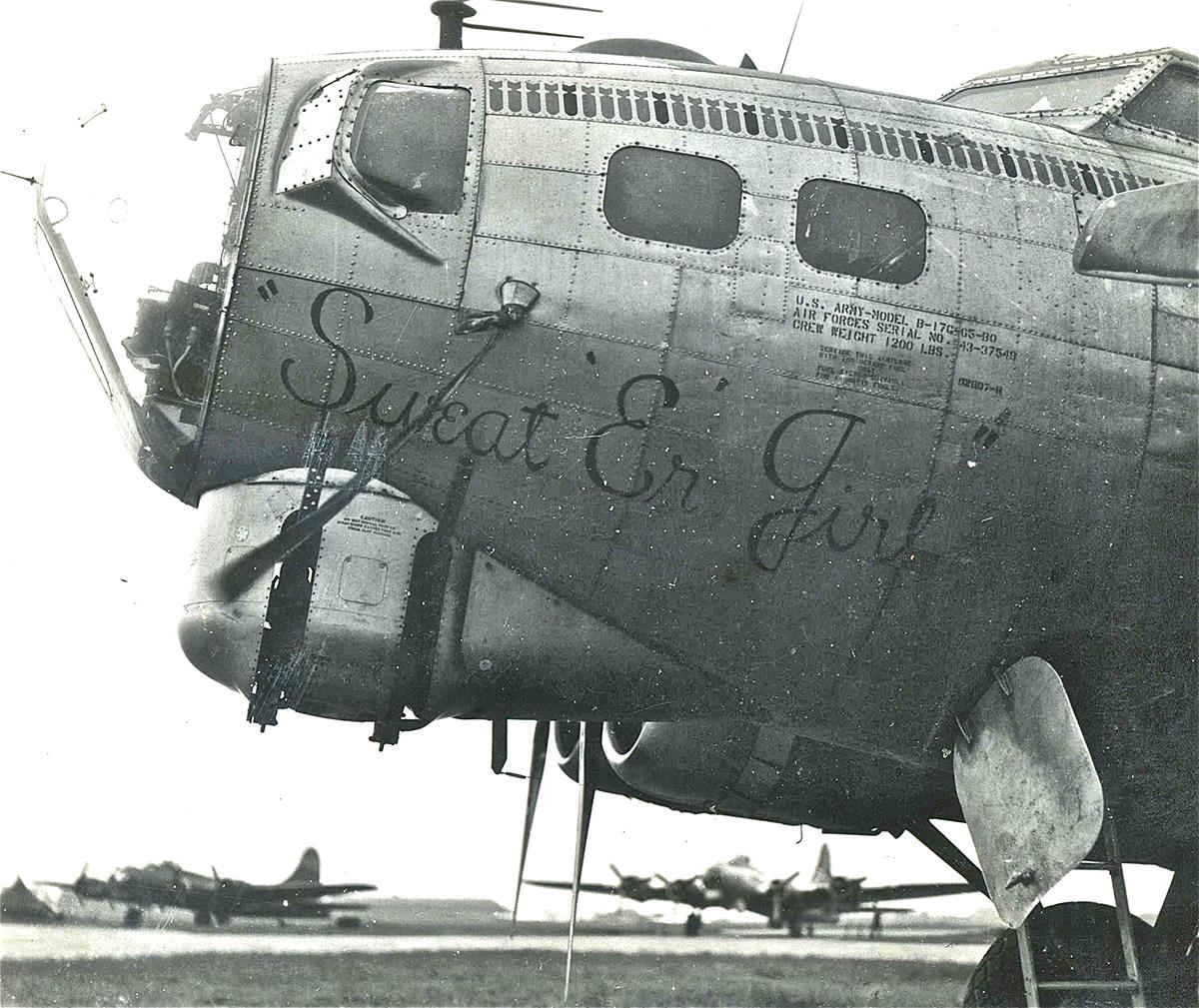 B-17 #43-37549 / Sweat'er Girl