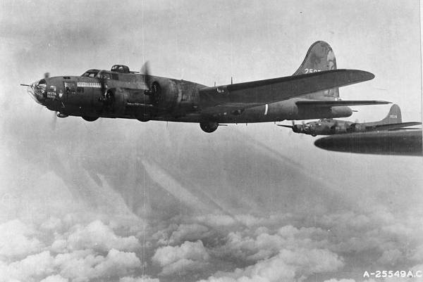 B-17F-30-BO #42-5077 'Delta Rebel No. 2' // [Public domain], via Wikimedia Commons