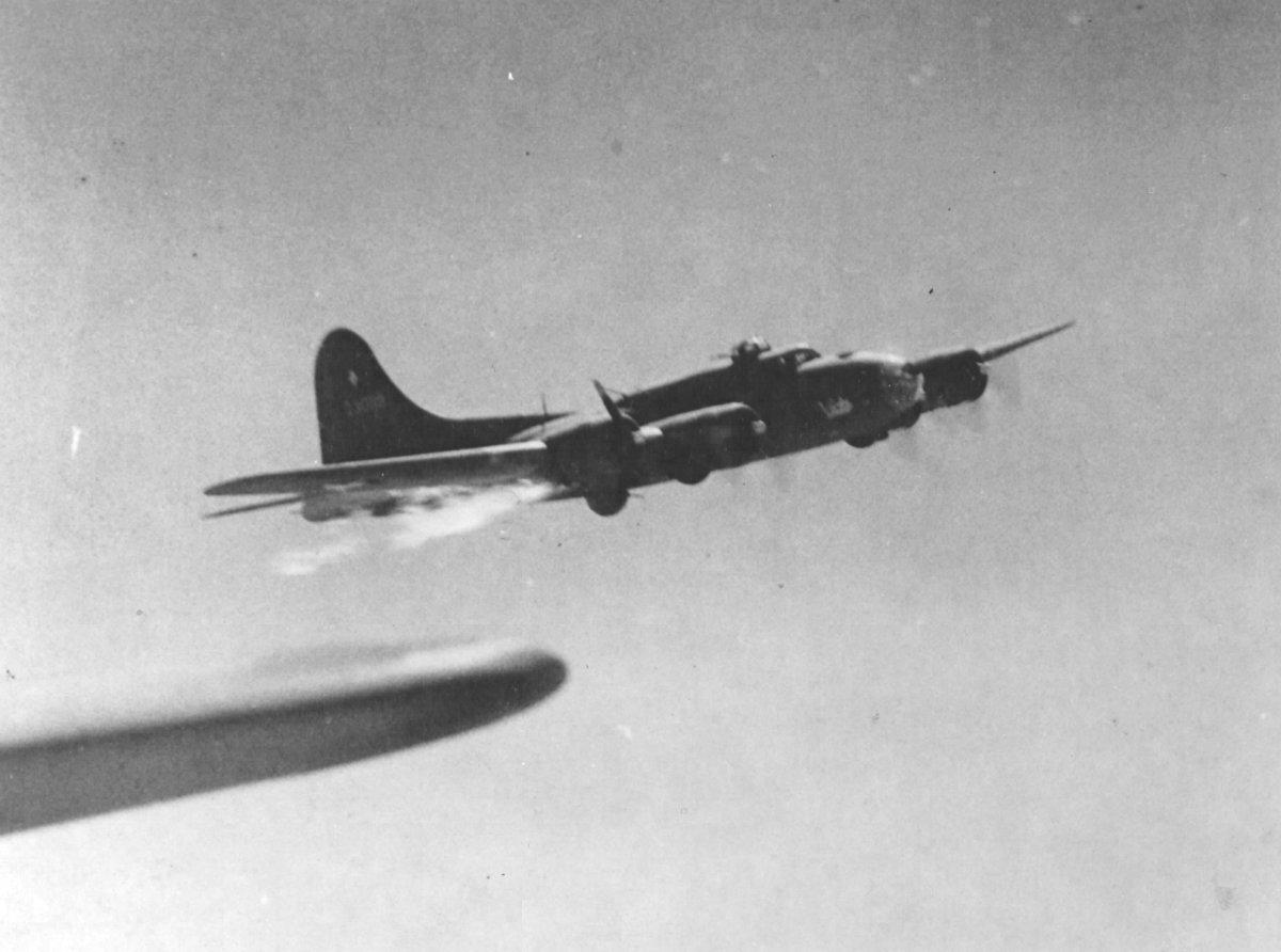 B-17 #42-30119 / Hunter's Answer