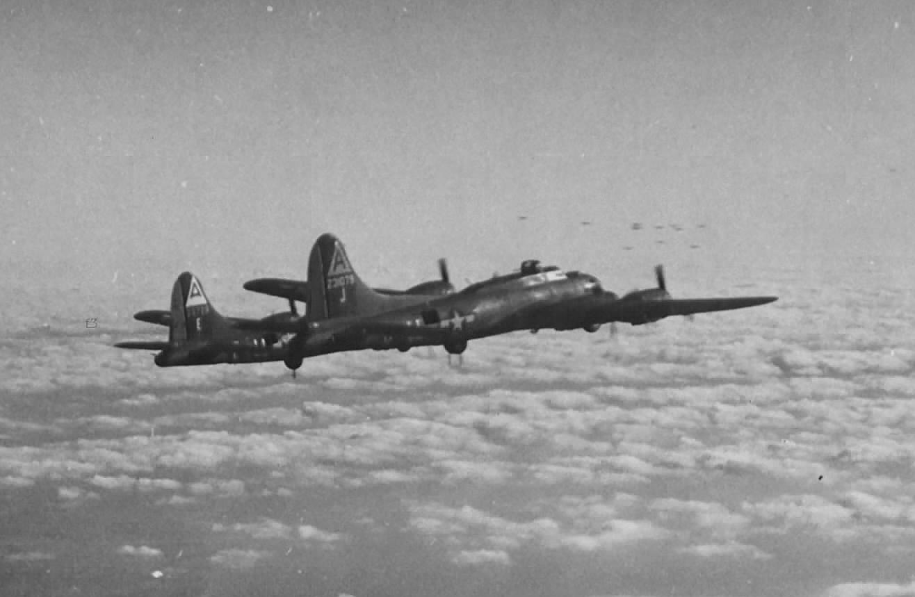 B-17 #42-31079