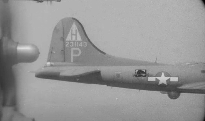 B-17 #42-31143 / Satan's Lady