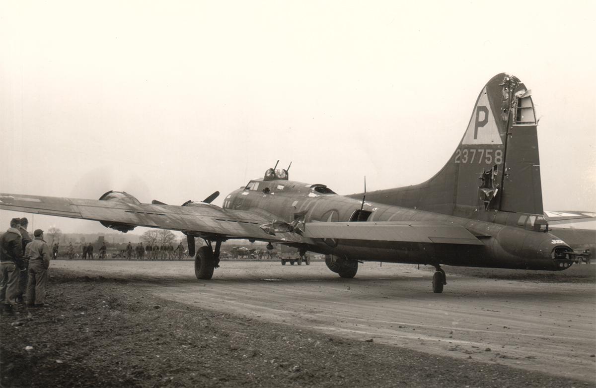 B-17 #42-37758 / Kentucky Kernel