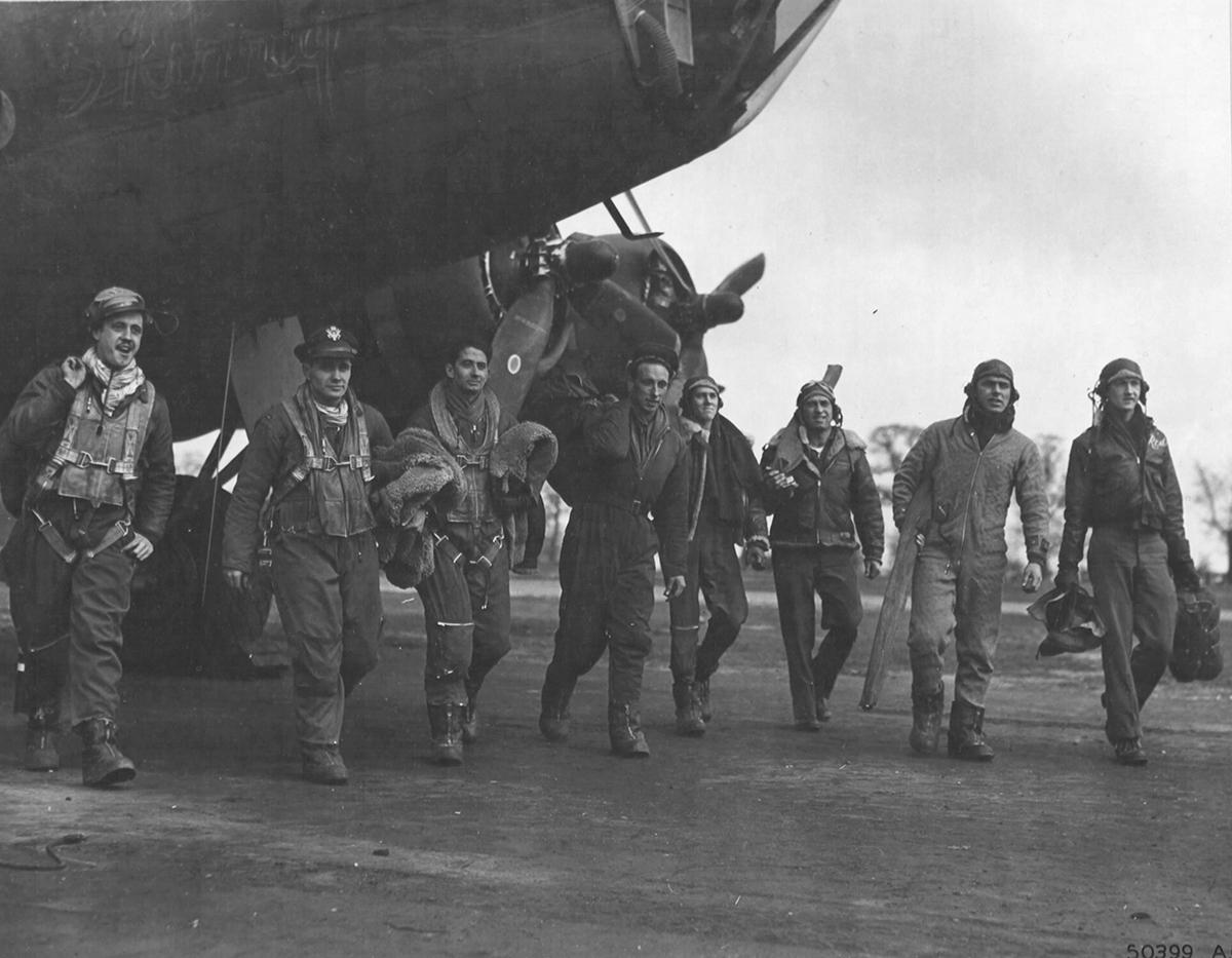 B-17 42-37922