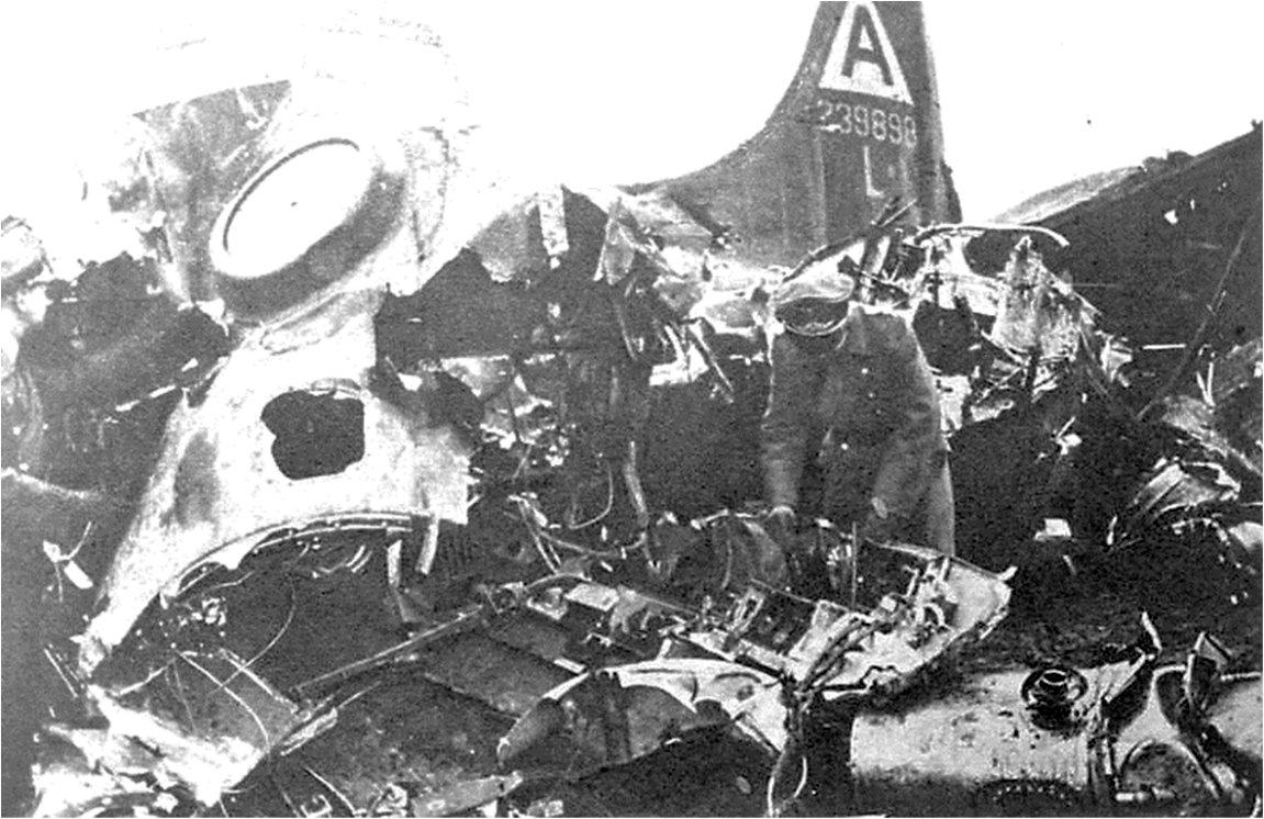 B-17 #42-39898 / Boston Bombshell
