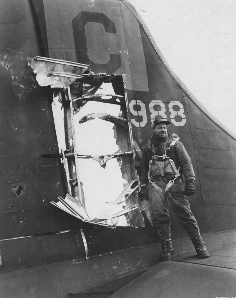 B-17 #42-39988 / Lace's Aces aka The Iron Ass