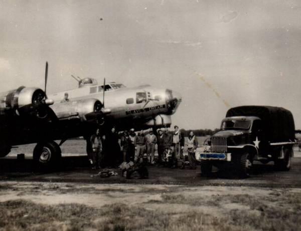 B-17 #43-37685 / Slaves Dream