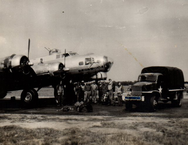 B-17 #43-37685 / Slaves Dream