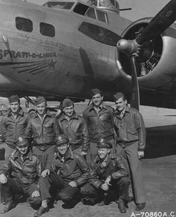 B-17 #43-37932 / Spratt-O-Liner