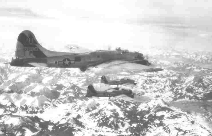 B-17 #43-38606 / Moonlight Mission