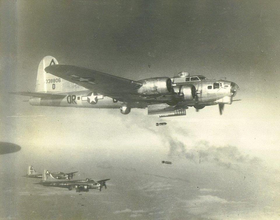 B-17 #43-38806