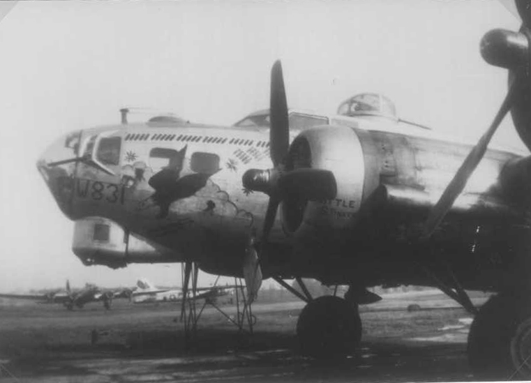 B-17 #43-38831 / Screaming Eagle