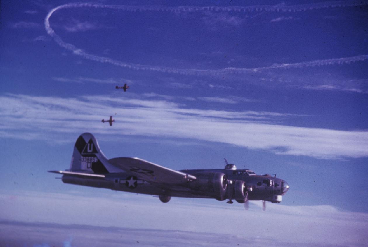 B-17 #43-38857 / Bluebell D.