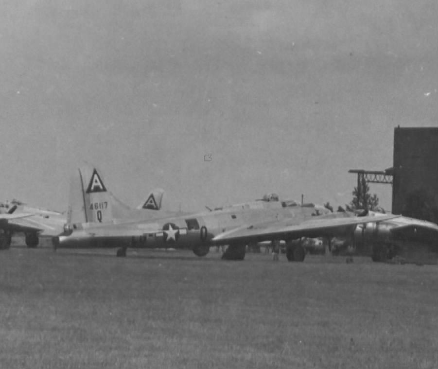 B-17 #44-6117