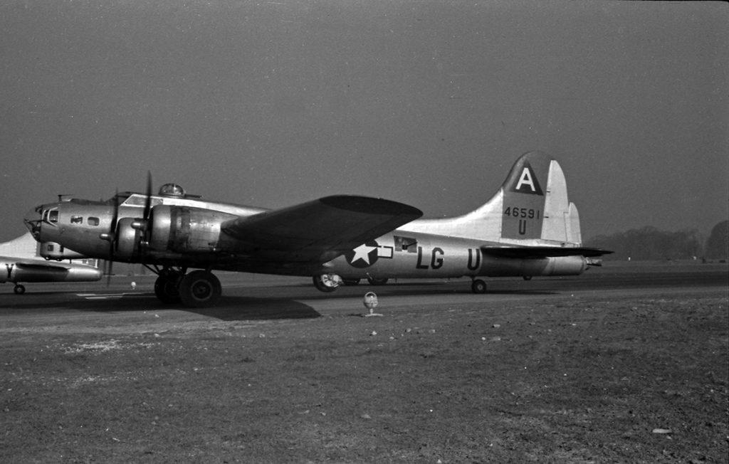 B-17G #44-6591 / Incendiary Blonde