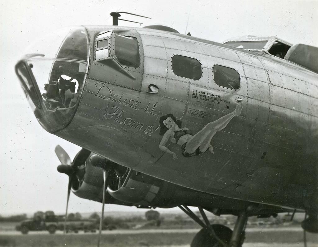 B-17 #44-8652 / Drive It Home