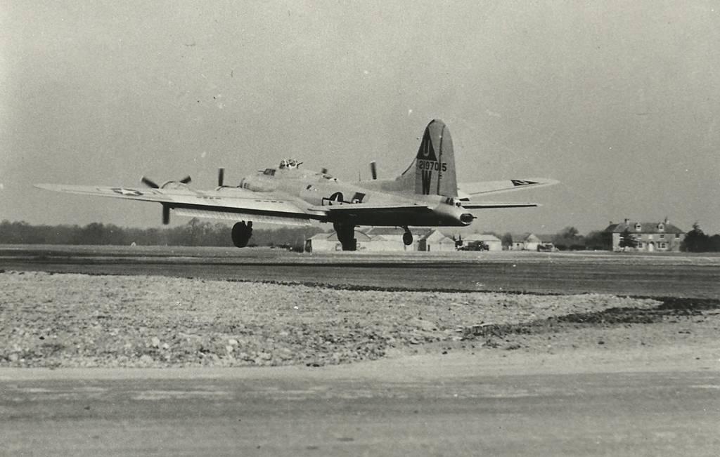 B-17 #42-107015