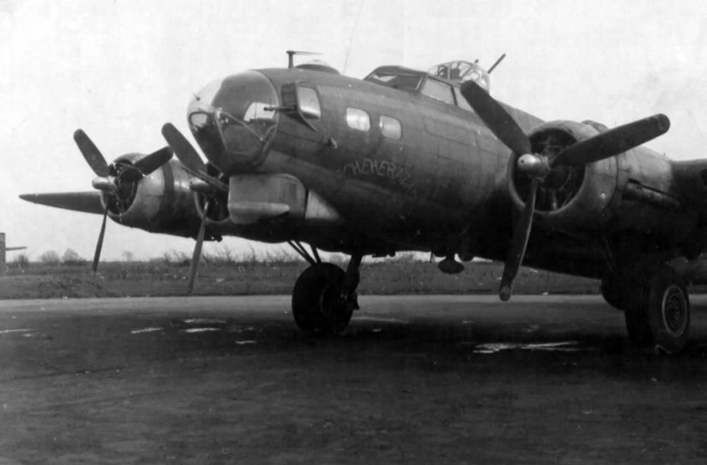 B-17 #42-31225 / Scheherazade