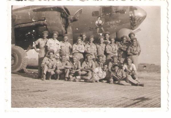 B-17 #42-32016 / Swamp Gal