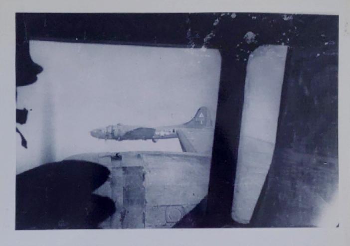 B-17 #42-3381