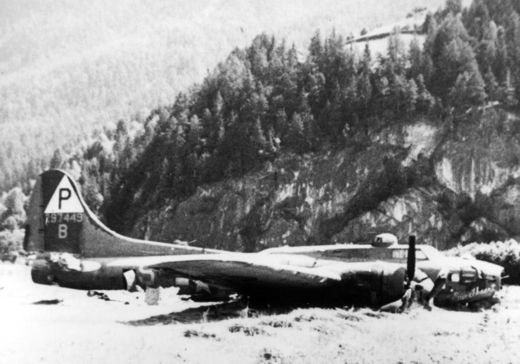 B-17 #42-97449 / Sweetheart
