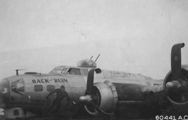 B-17 #43-37899 / Rack and Ruin