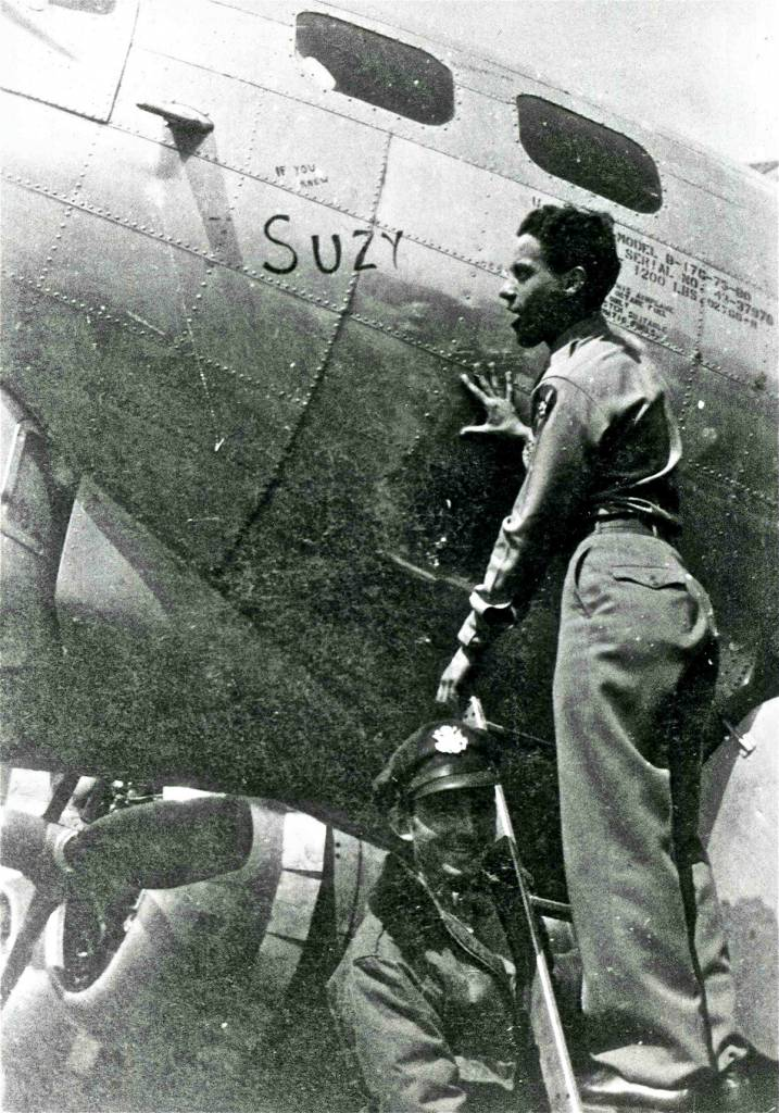 B-17 #43-37976 / Lilly Marlene