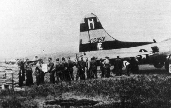 B-17 43-38931