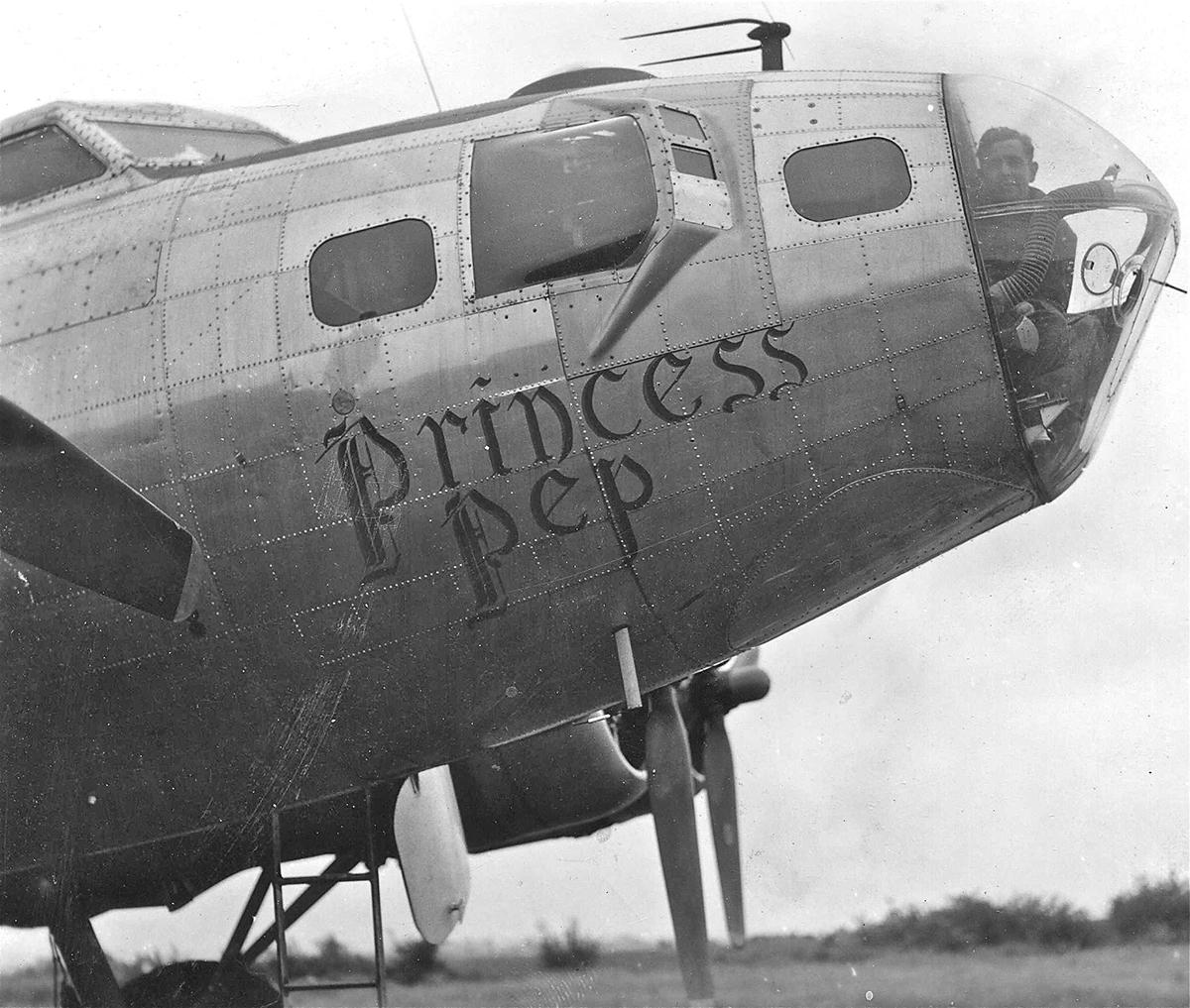 B-17 #44-8724 / Undecided aka Princess Pep