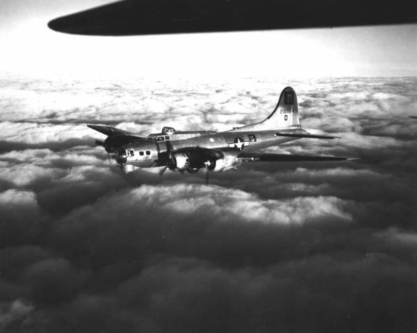 B-17 #42-107134 / Round Trip
