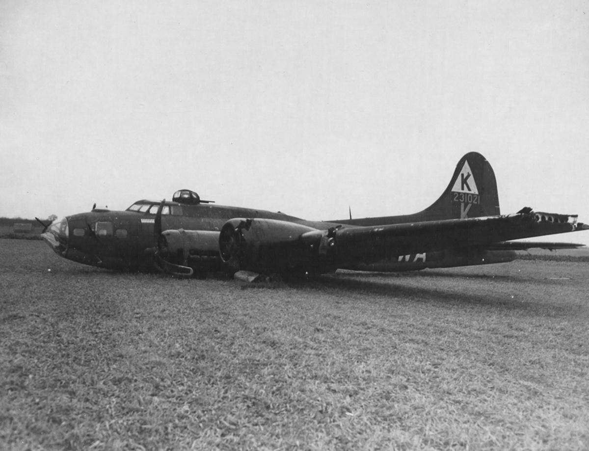 B-17 #42-31021 / Whirlway