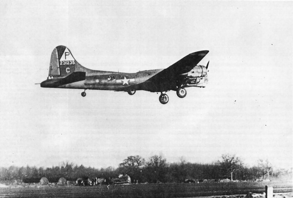 B-17 #42-31235 / Goin' Dog