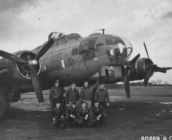 B-17 #42-39948 / Leading Lady