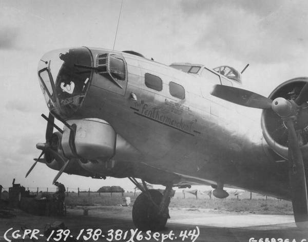 B-17 #43-37553 / The Feather Merchant