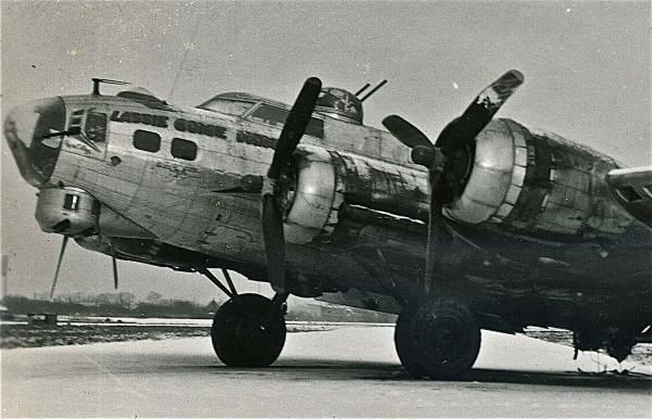 B-17 #43-37715 / Lassie Come Home
