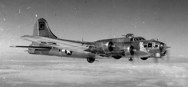 B-17 #43-38859 / Miss B. Havin