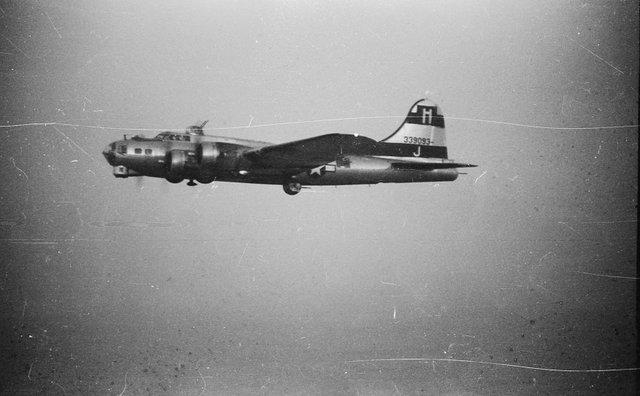 B-17 #43-39093 / Punchin' Judy