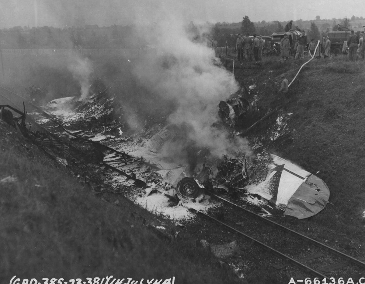 B-17 #44-6148 / Smashing Thru